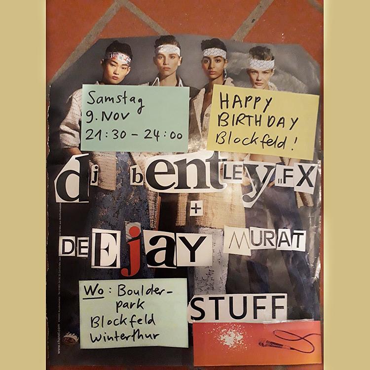 Der Flyer zur diesjährigen Geburtstagsfyer zeigt Models mit Rambobändern.